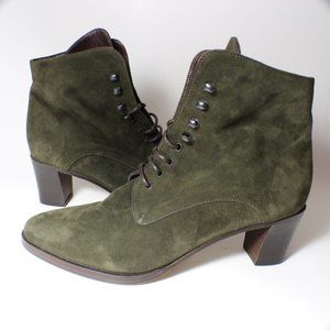 Joan & David Olive Green Suede Lace Up Boots Heel